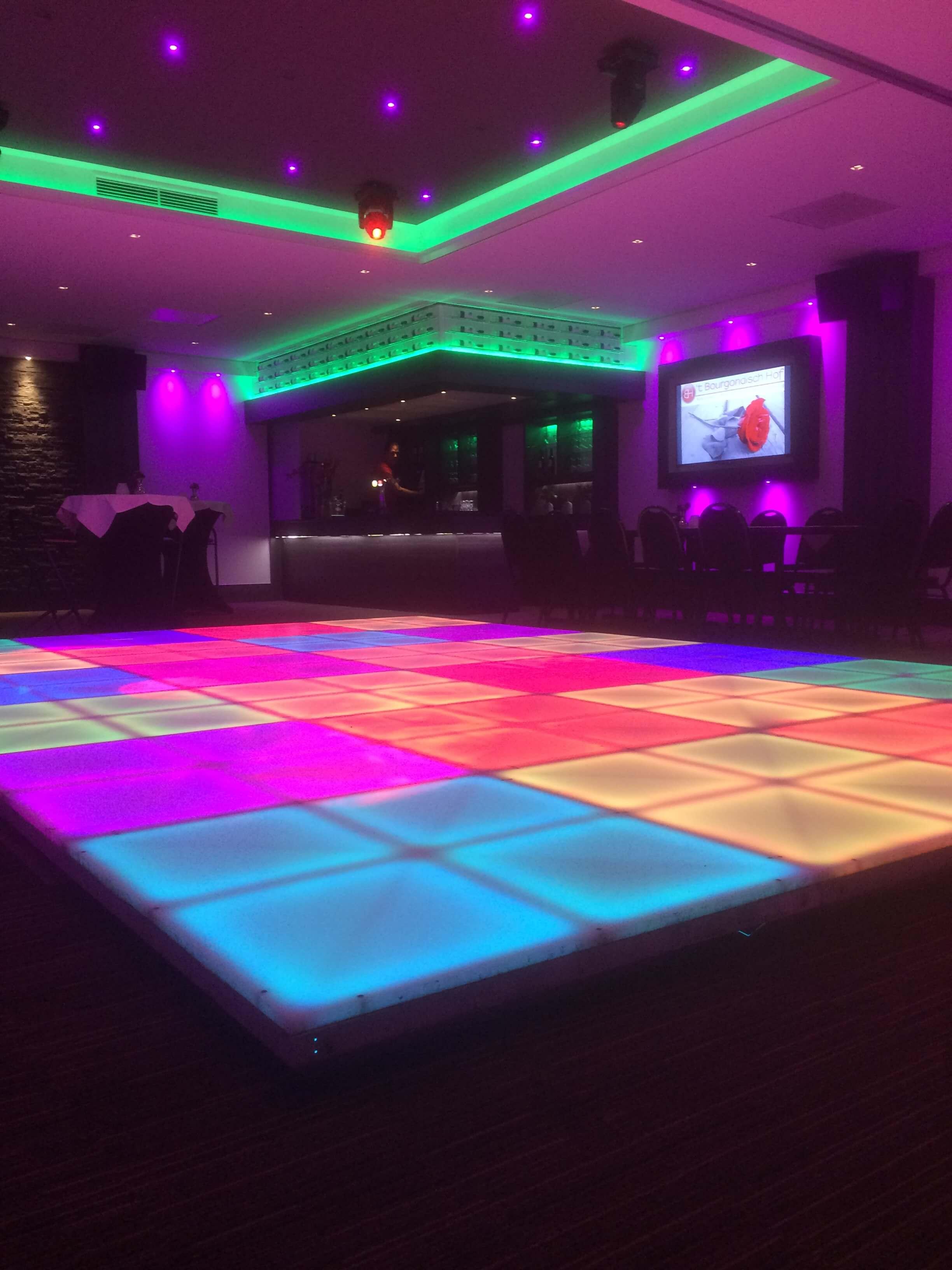 Verlichte dansvloer - De grootste verhuurder van verlichte dansvloeren!